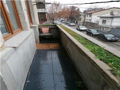 Vanzare apartament 3 camere Icoanei / Dogarilor