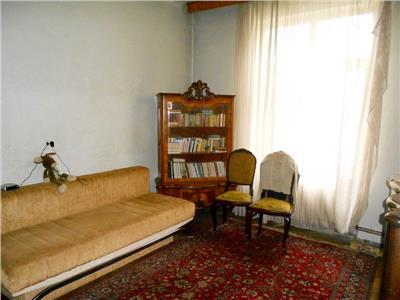 Vanzare apartament 3 camere in imobil cu personalitate PARCUL CISMIGIU
