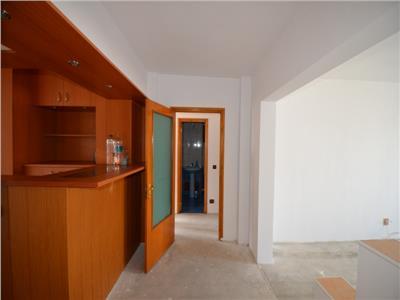 Vanzare apartament 3 camere, in ploiesti, zona caraiman, decomandat