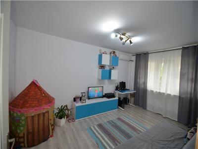 Vanzare apartament 3 camere, in ploiesti, zona centrala, decomandat