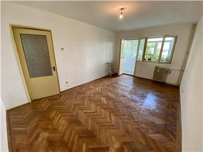 Vanzare apartament 3 camere, in Ploiesti, zona Republicii