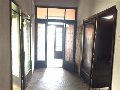 Vanzare apartament 3 camere, la casa, in ploiesti, zona vega