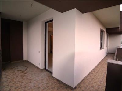 Vanzare apartament 3 camere, lux, bloc nou, in ploiesti, zona centrala