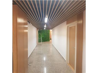 Vanzare apartament 3 camere  lux ploiesti, zona ultracentrala.
