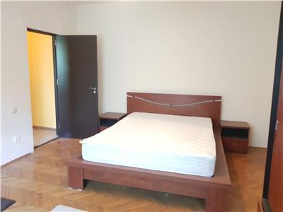Vanzare apartament 3 camere+mansarda cotroceni, pod cotroceni centrala