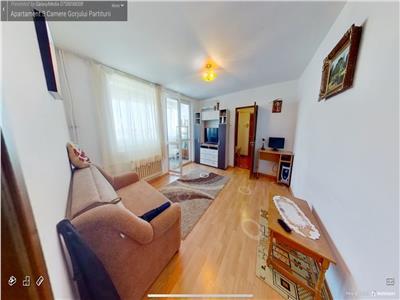 Vanzare apartament 3 camere Militari Gorjului