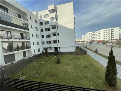 Vanzare apartament  3 camere nemobilat  etaj 1 baneasa greenfield