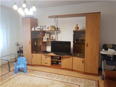 Vanzare apartament 3 camere panduri 76 mp et 4