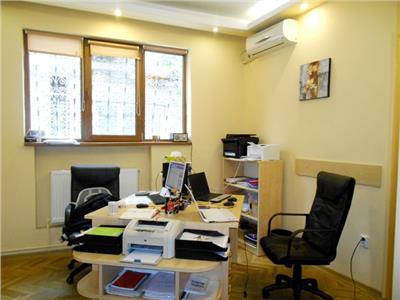 Vanzare apartament 3 camere / parter vila palatul cotroceni
