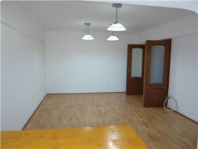 Vanzare apartament 3 camere, ploiesti, zona gh. doja