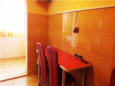 Vanzare apartament 3 camere, ploiesti, zona malu rosu, bloc 1987