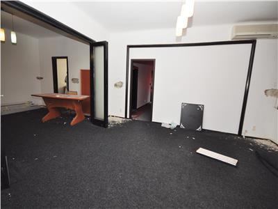 Vanzare apartament 3 camere plus garsoniera piata romana