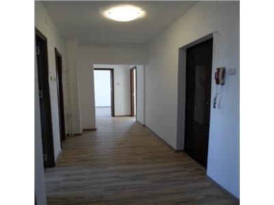 Vanzare apartament 3 camere  sebastian parc