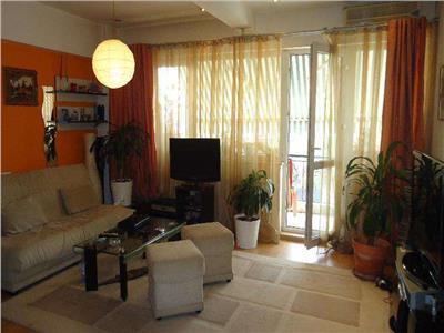 Vanzare apartament 3 camere la 2 min de metrou Straulesti