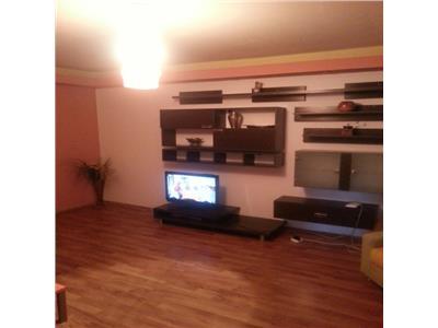 Vanzare apartament 3 camere stradal pe calea 13 septembrie
