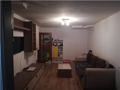 Vanzare apartament 3 camere ,Targoviste,Micro 12