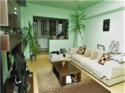 Vanzare apartament 3 camere - timpuri noi  si tineretului