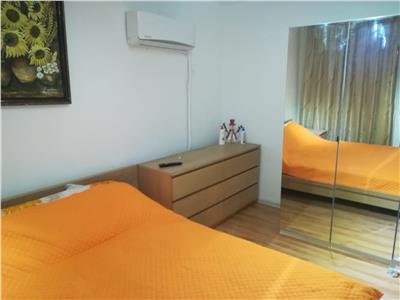 Vanzare apartament 3 camerre,etaj 3,micro 12