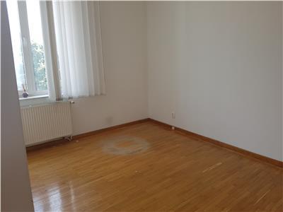 Vanzare apartament 4 camere 132mp cotroceni