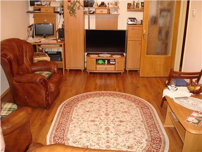 Vanzare apartament 4 camere bd lacul tei/parcul circului