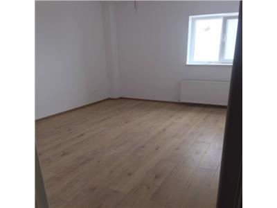 Vanzare apartament 4 camere, bloc nou, zona vest