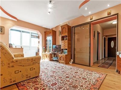Vanzare apartament 4 camere Bulevardul Timisoara