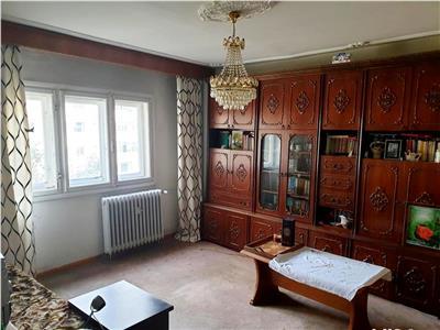 Vanzare apartament 4 camere decebal / delea noua