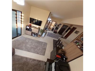 Vanzare apartament 4 camere decomandat jupiter residence