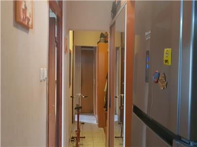 Vanzare apartament 4 camere dr.taberei ghencea et.2