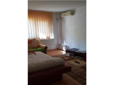 Vanzare apartament 4 camere, dristor