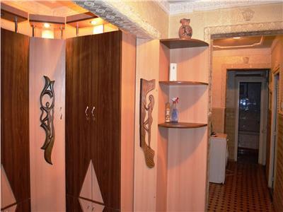 Vanzare apartament 4 camere, garaj acoperit, Marasesti, Ploiesti