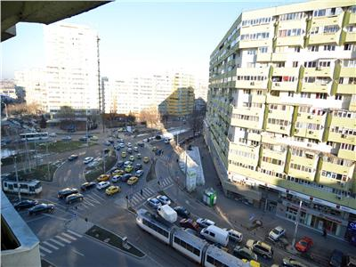 Vanzare apartament 4 camere pantelimon mega mall