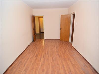 Vanzare apartament 4 camere pantelimon str costache conachi