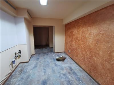 Vanzare apartament 4 camere ploiesti, zona malu rosu