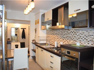 Vanzare apartament 4 camere ploiesti zona ultracentrala