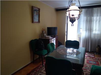Vanzare apartament 4 camere targoviste