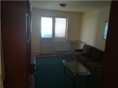 Vanzare apartament 4 camere targoviste central