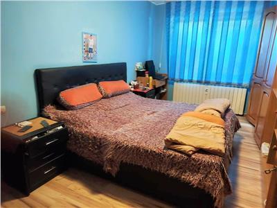 Vanzare apartament 4 camere Titan zona Camil Ressu - Fizicienilor