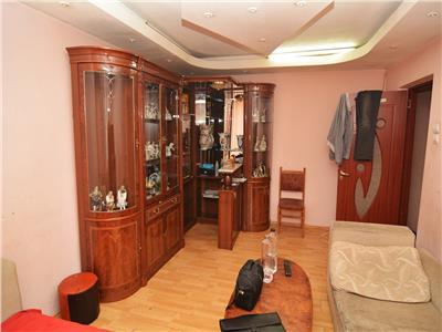 Vanzare Apartament 4 Camerere Pantelimon  Biserica Capra