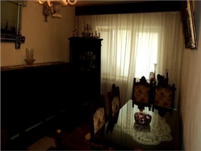 Vanzare apartament 5 camere in targoviste, cartier cfr, duplex