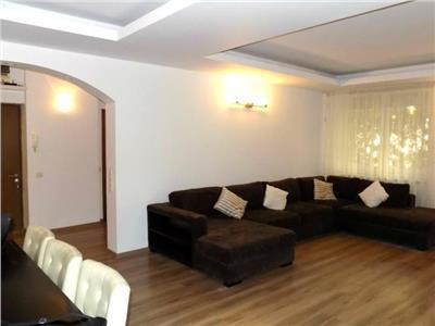Vanzare apartament 5 camere nordului-herastrau curte proprie