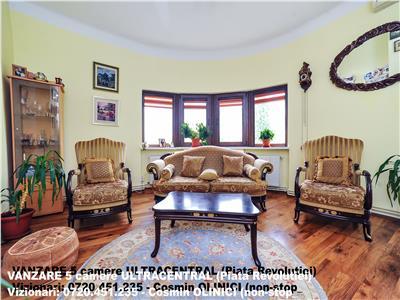 Vanzare apartament 5 camere Piata Revolutiei
