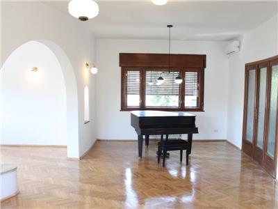 Apartament cotroceni complet renovat, 220 mp, vila interbelica