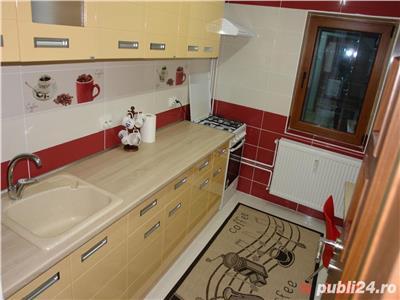 Vanzare apartament cu 2 camere complet mobilat, zona Vacaresti