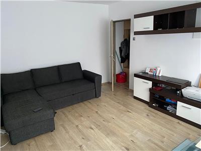 Vanzare apartament cu 2 camere, mobilat si utilat, in 7 noiembrie