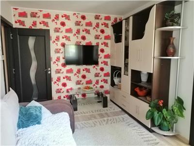 Vanzare apartament cu 2 camere situat in cartierul dambu pietros