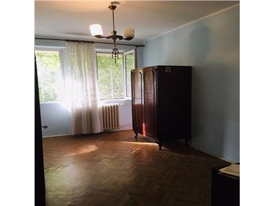 Vanzare apartament cu 2 camere, zona metrou tineretului