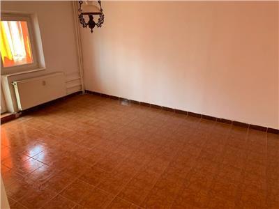 Vanzare apartament cu 2 camere, zona Vitan Mall