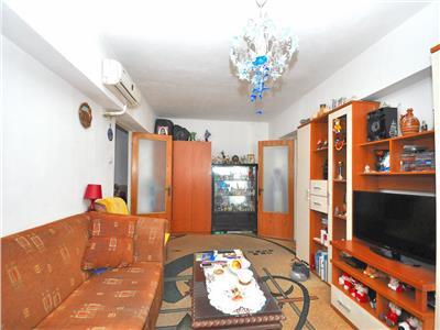 Vanzare apartament cu 3 camere alexandru obregia