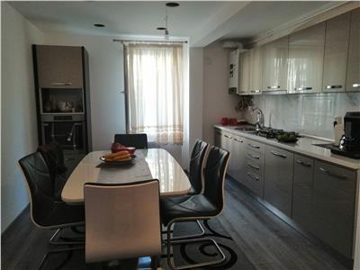 Vanzare apartament cu 3 camere, amenajat modern, situat in tudor
